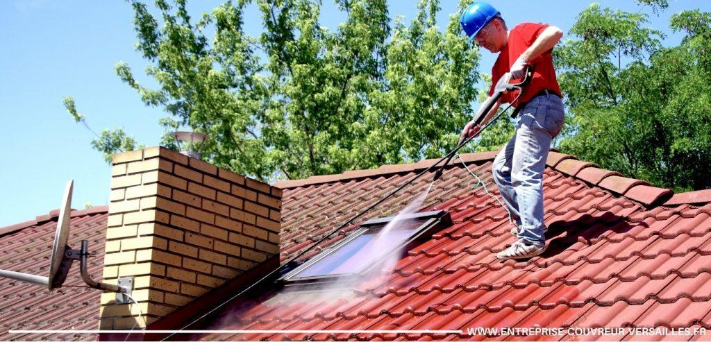 nettoyage et démoussage toiture versailles haute pression