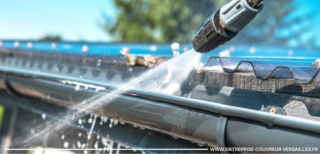 nettoyage d'une gouttière à haute pression Vélizy-Villacoublay